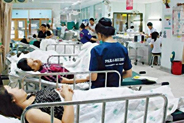 หมอสมศักดิ์ แพทย์ มข. ชี้ 30 บาท ทำให้ผู้ป่วยได้รักษามากขึ้น แม้ รพ.ขาดทุน แต่ประชาชนได้กำไร