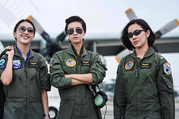 ครั้งแรกในประวัติศาสตร์! กองทัพอากาศ เปิดรับสมัครนักบินหญิง ประจำปี 2559 สนไหมค่ะ